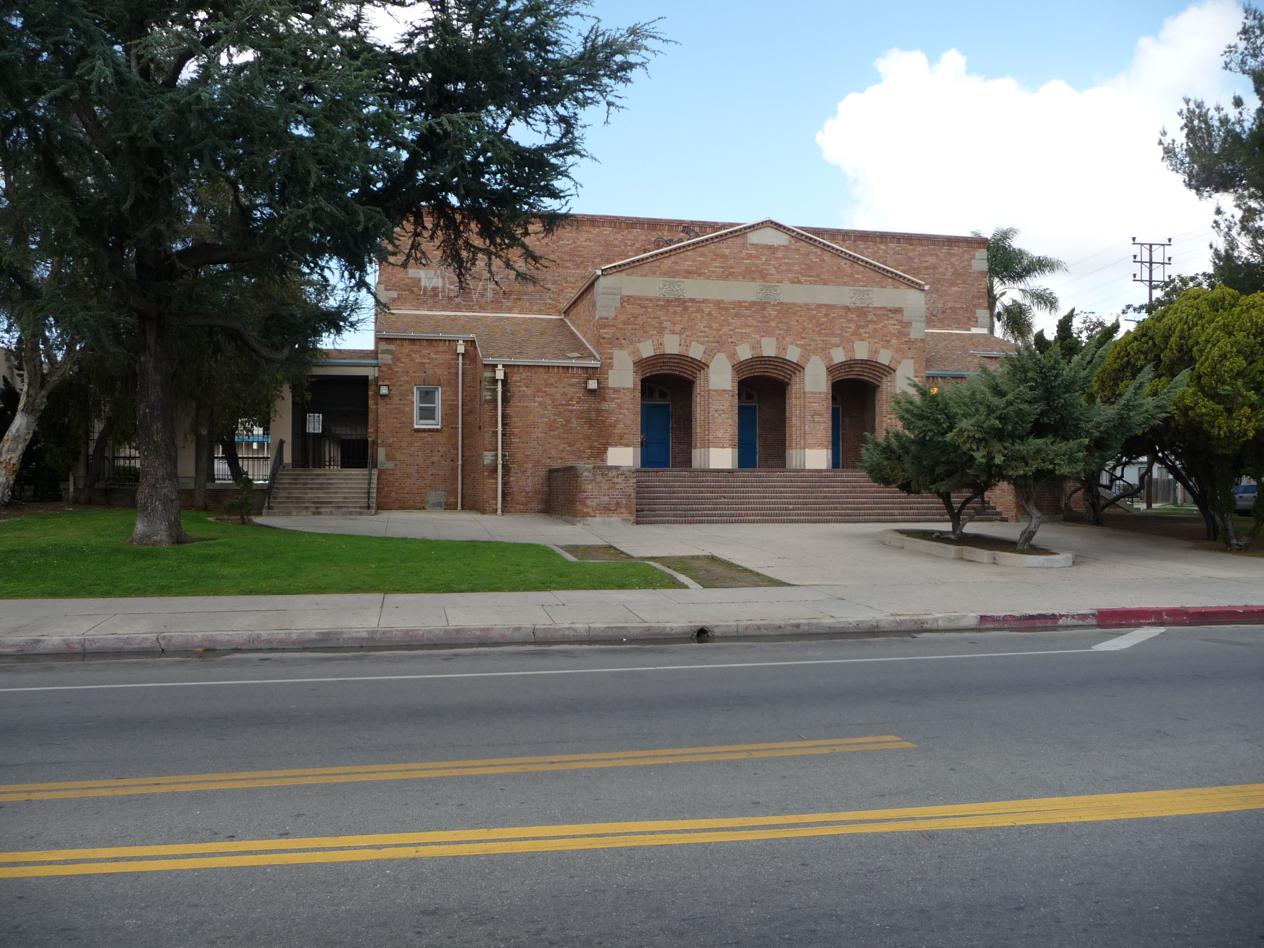 Bret Harte Jr. High School Auditorium - PHOTO