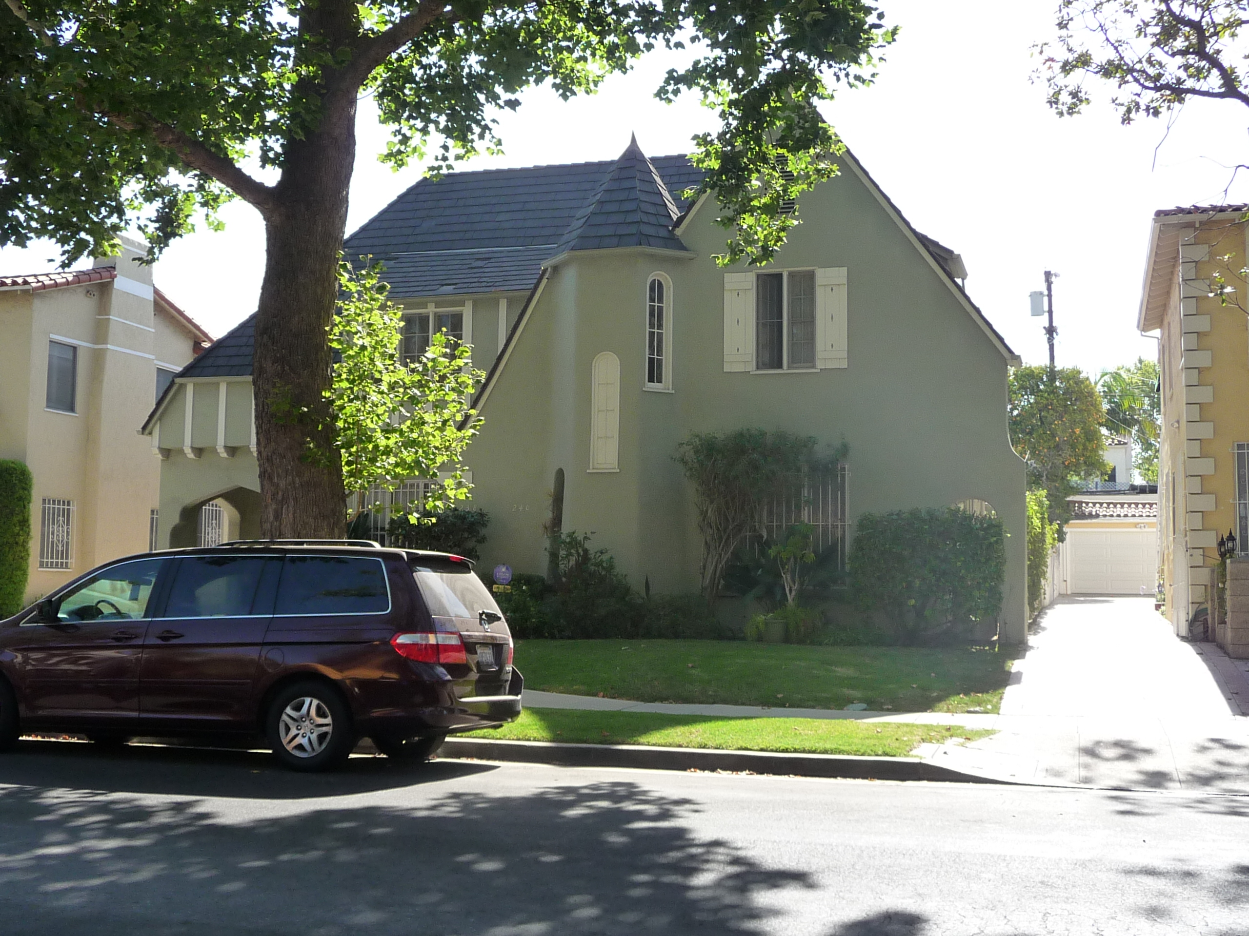 238 S MANSFIELD AVE - PHOTO