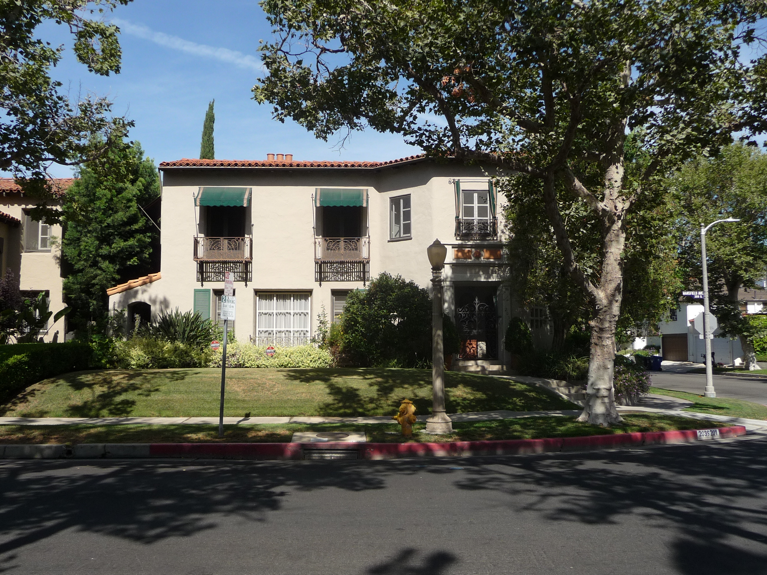 203 S MANSFIELD AVE - PHOTO