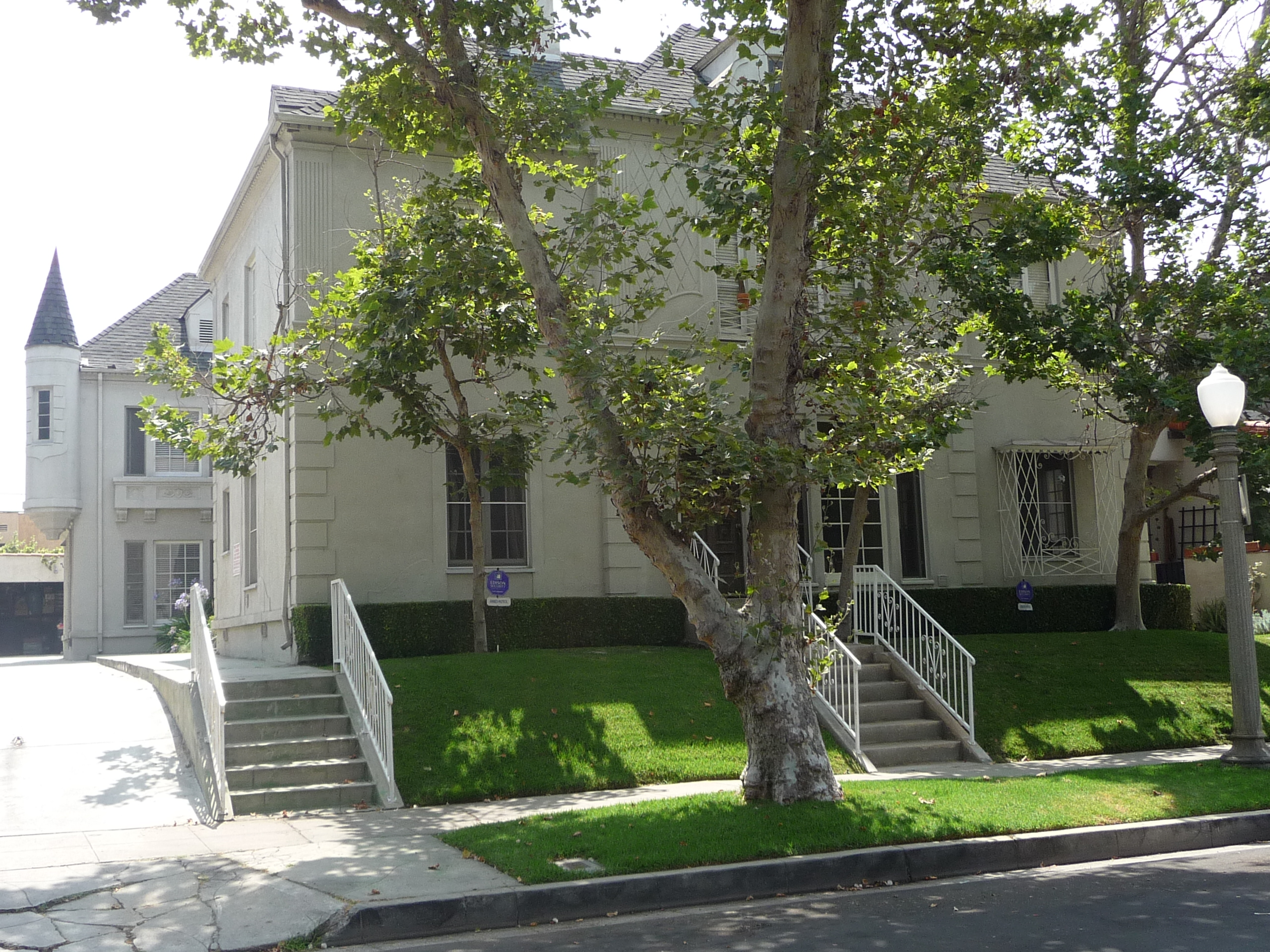 430 N SYCAMORE AVE - PHOTO