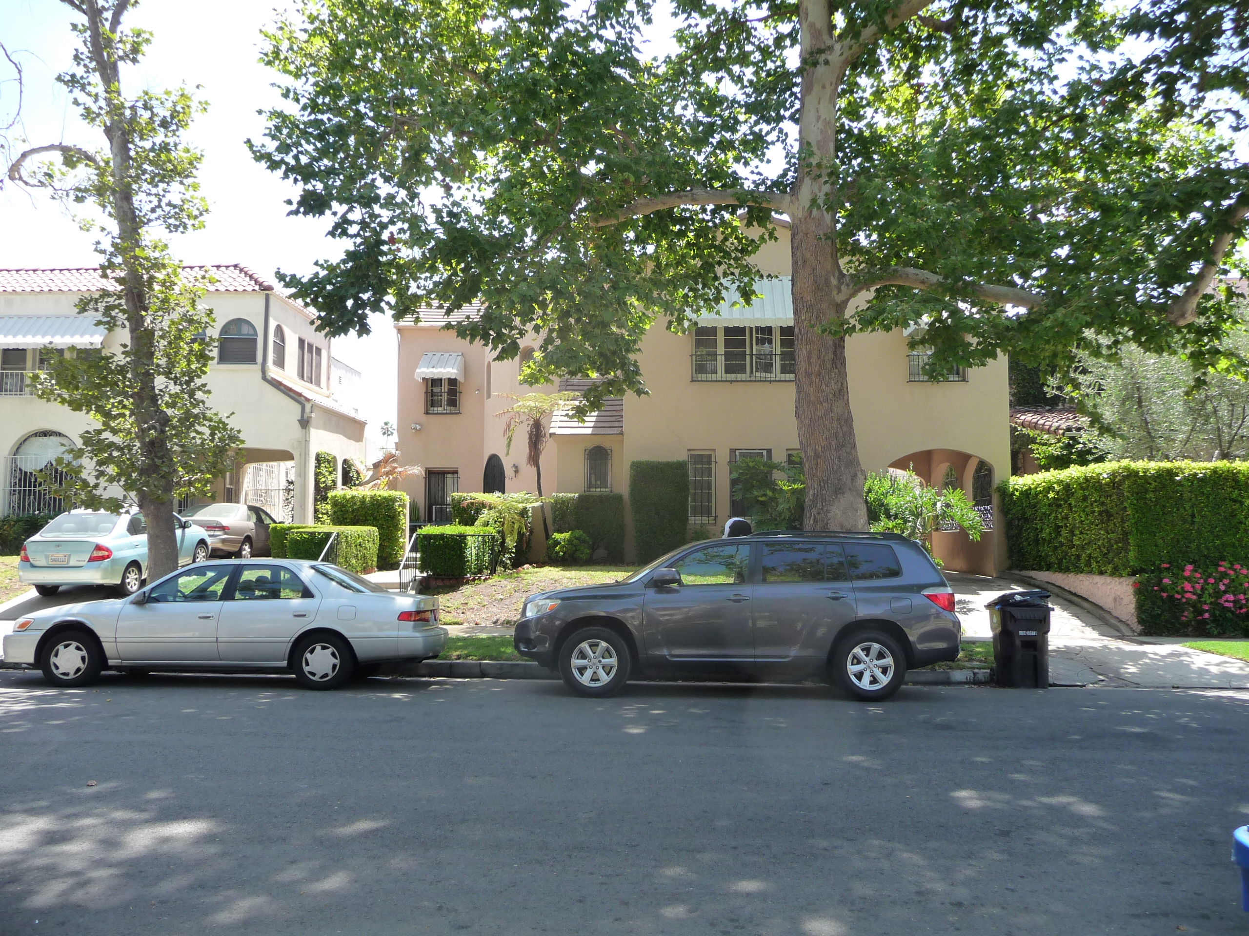 164 S MANSFIELD AVE - PHOTO