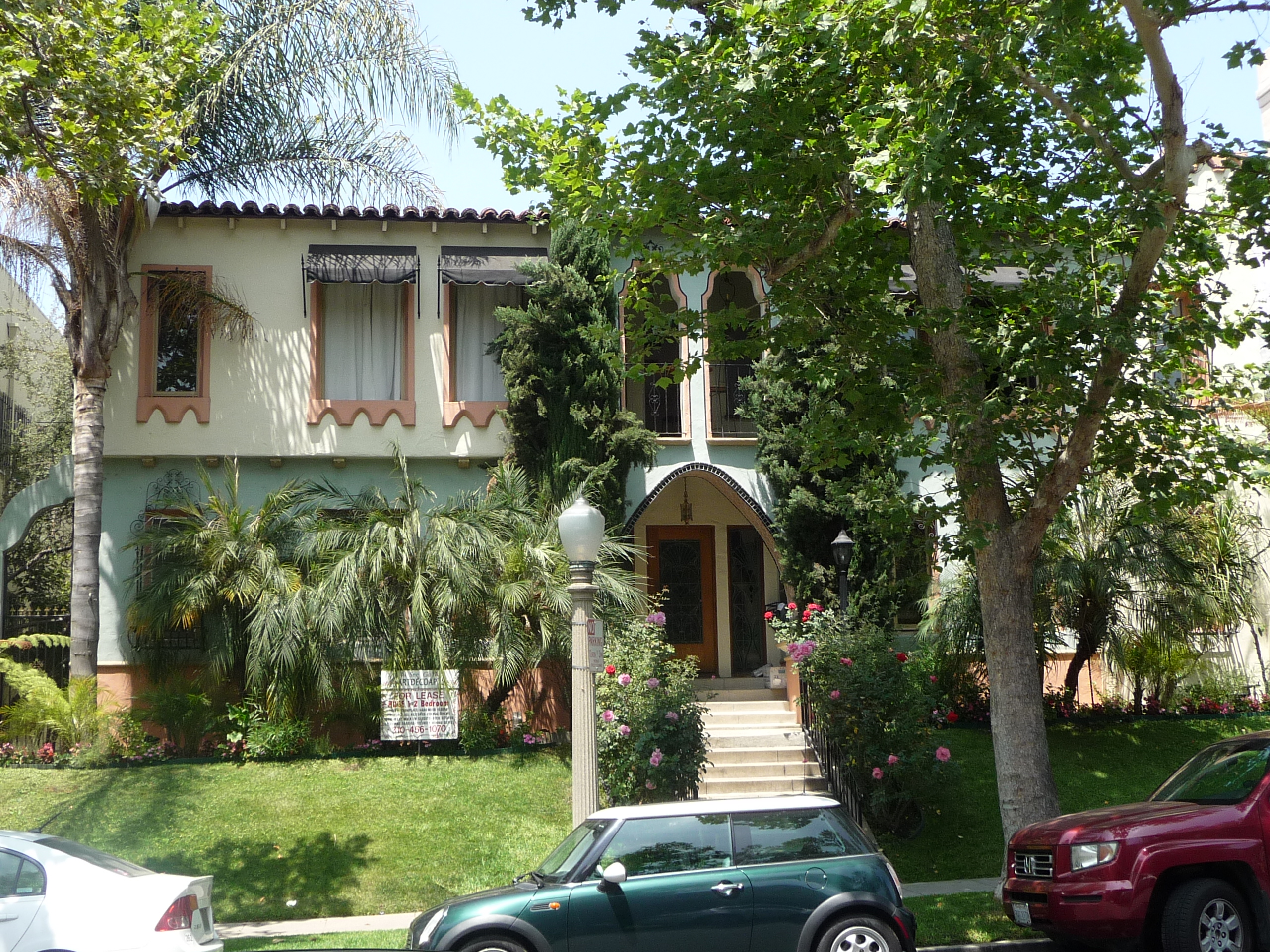 415 N SYCAMORE AVE - PHOTO