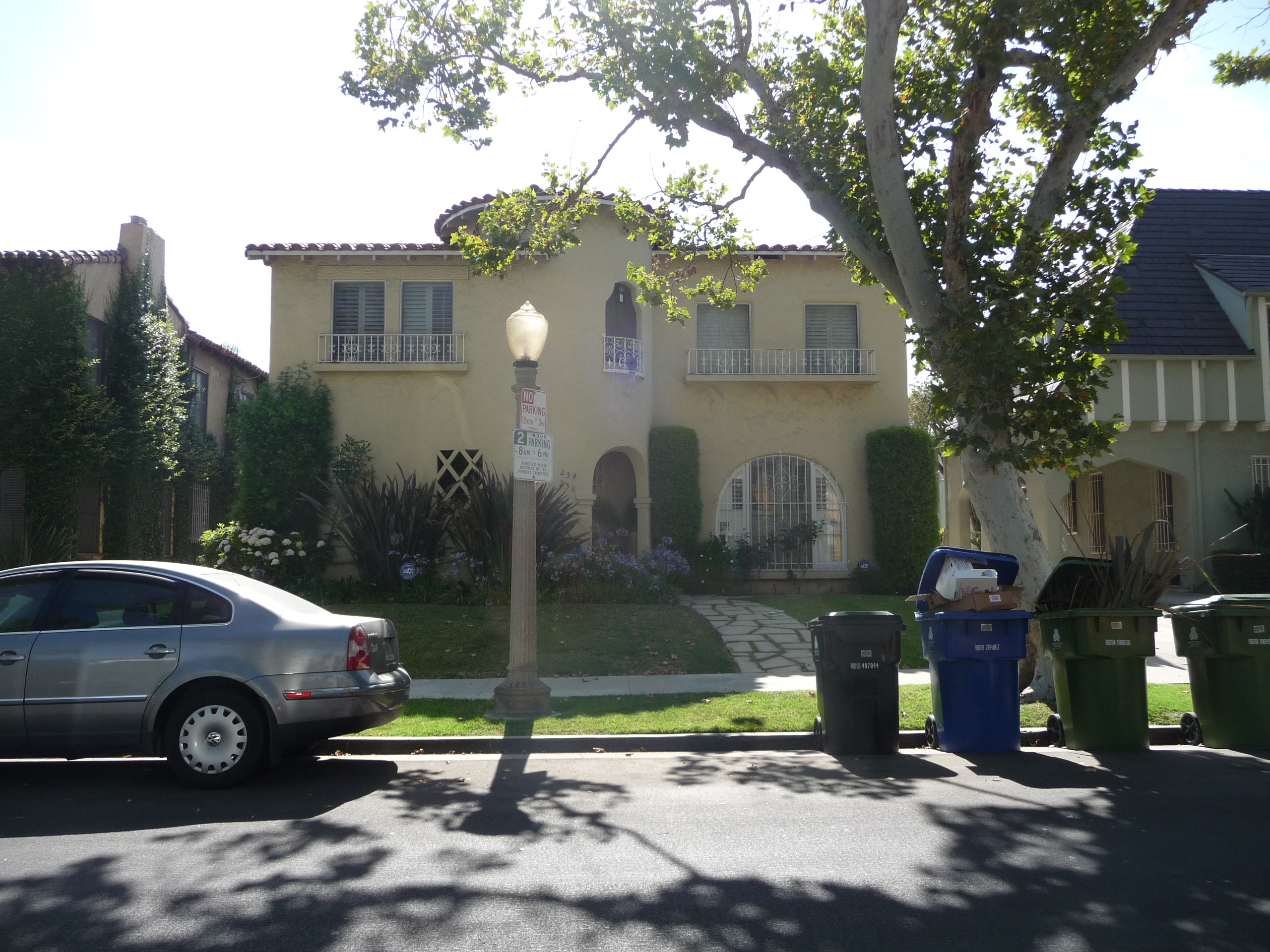 234 S MANSFIELD AVE - PHOTO