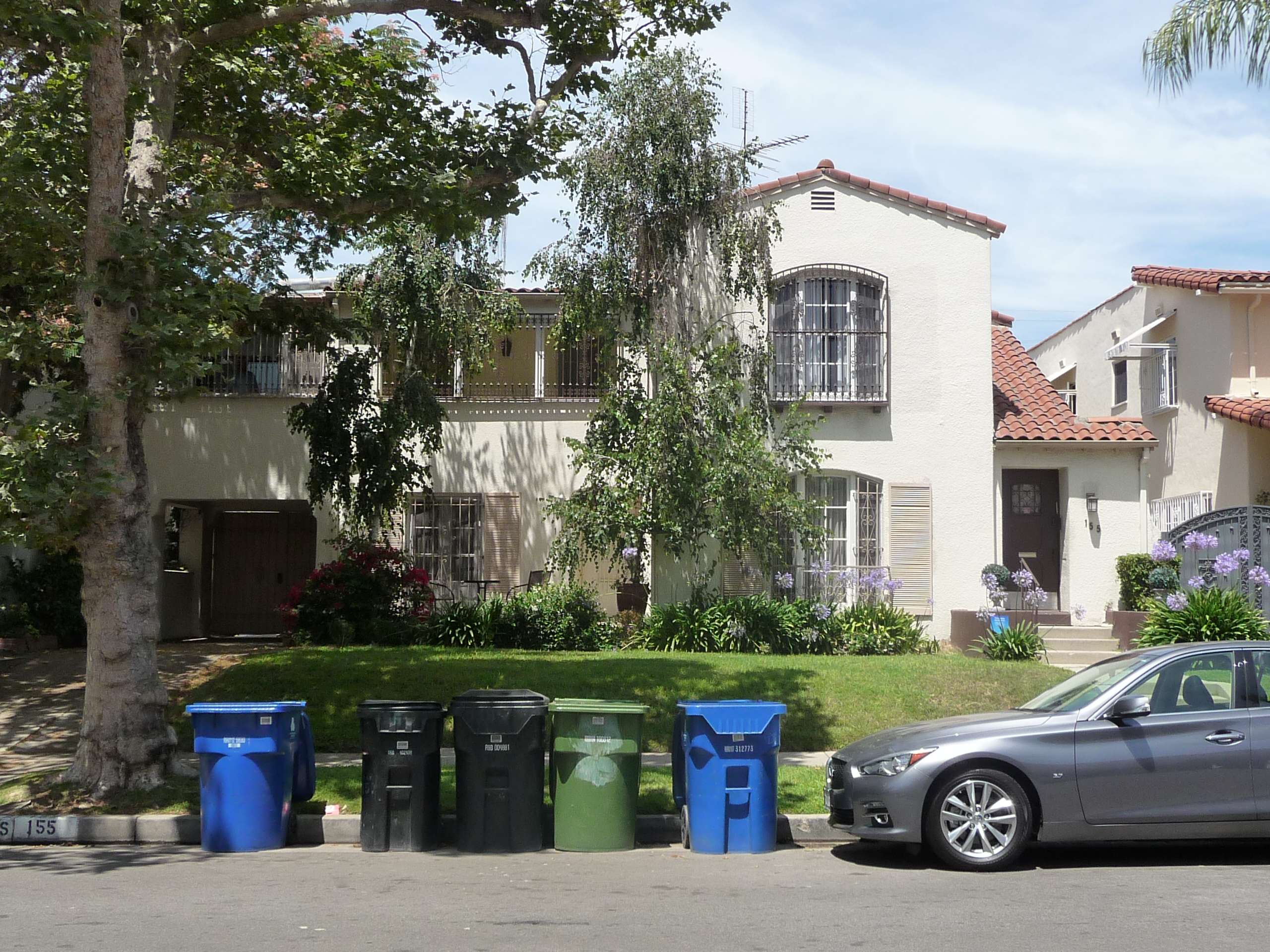 155 S MANSFIELD AVE - PHOTO