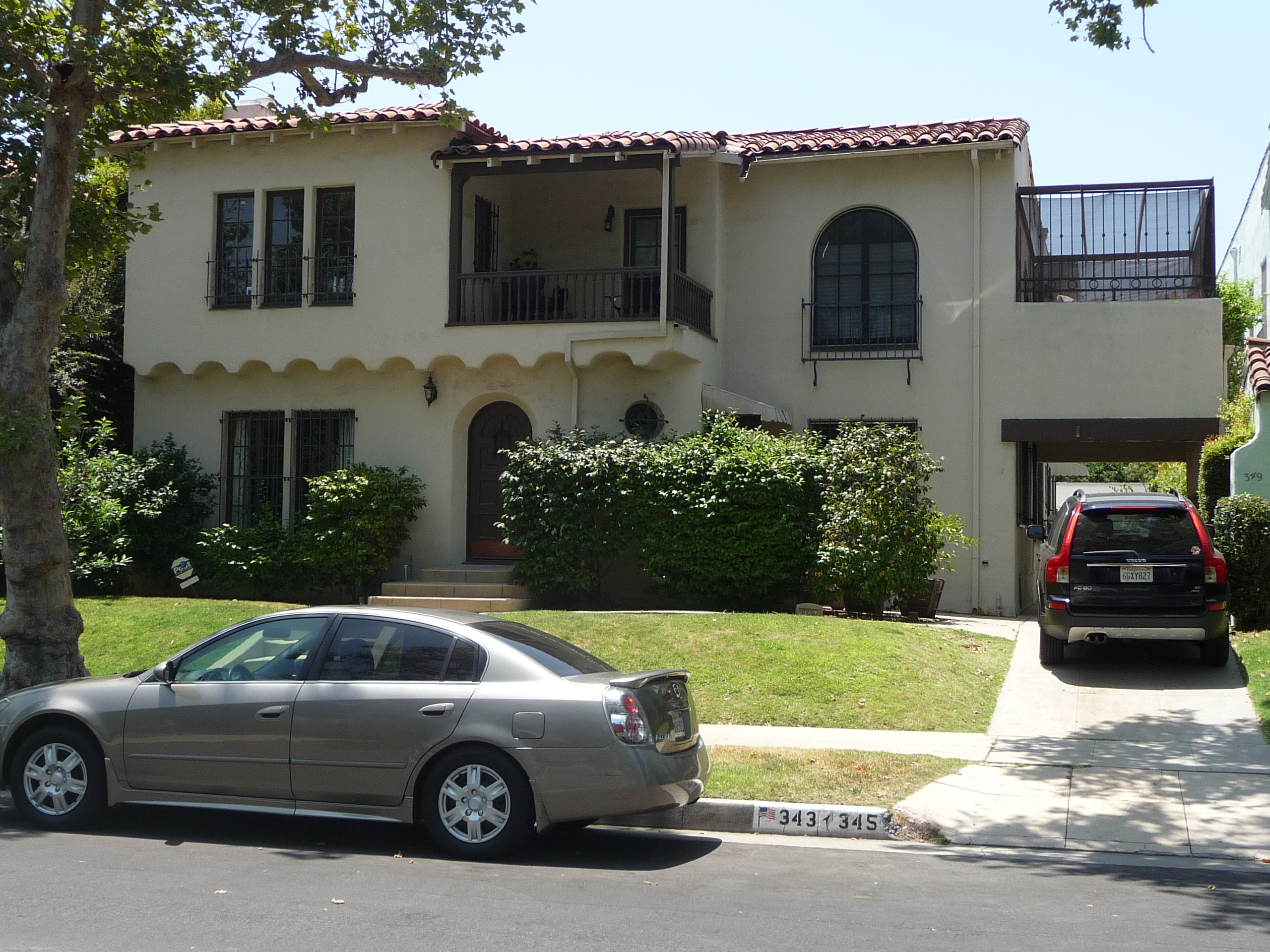 343 N MANSFIELD AVE - PHOTO